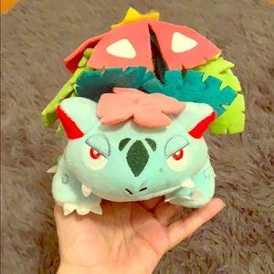 Ivysaur Pokémon Plushie